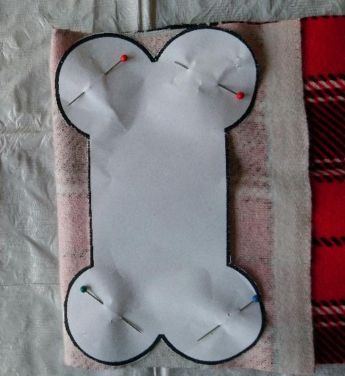 DIY Dog Bone Christmas Ornament Happyoodles.com